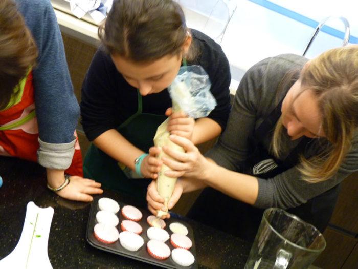 otto-in-cucina-dolcetti-cupcakes-salame-cioccolato-2014-02-02-010