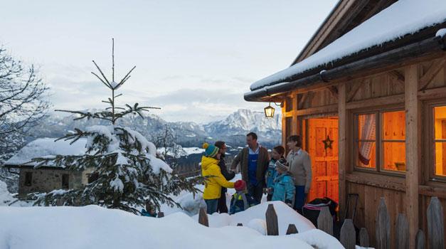 winterabend-bauernhof