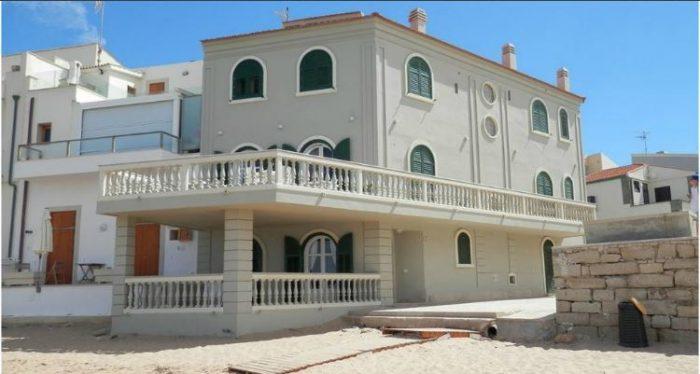 Casa Montalbano Punta Secca B&B
